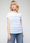Camiseta Nelaa Woman at the Sea Blanco-Azul