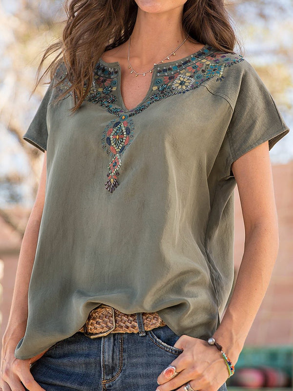Women's Plus Size Embroidery T-Shirts Cotton Floral Short Sleeve V Neck Blouses