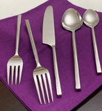Vibhsa 20 Piece Flatware Set, Service for 4-Silver