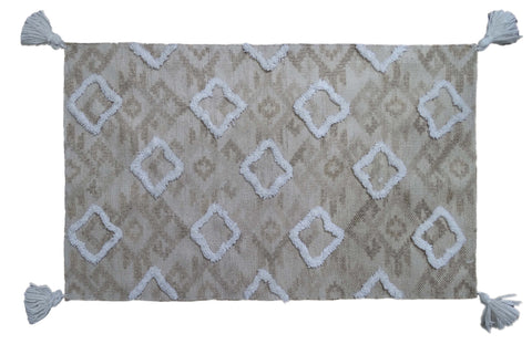"Tufted Shatter rug with corner fringes (25""x45"")"