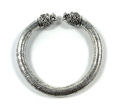 Antique Norse Lion Heads Viking Bracelet With Square Pattern