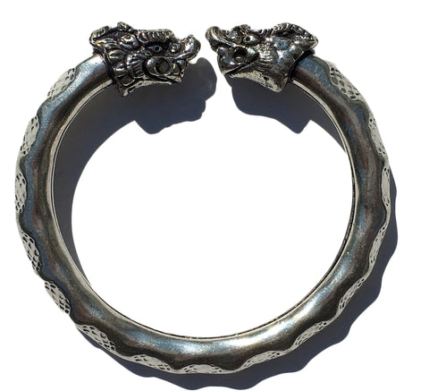 Antique Norse Viking Bracelet with Lion Heads & Waved Pattern - Vibhsa
