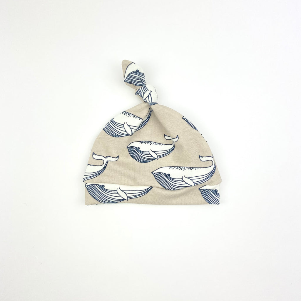 Biscuit Whale Knotted Hat