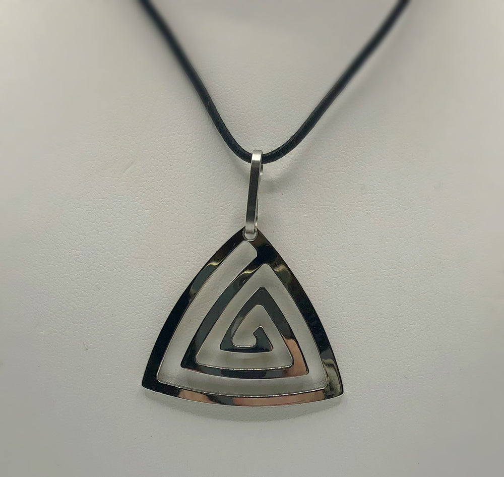 Helmi Spiral Triangle Polished Necklace