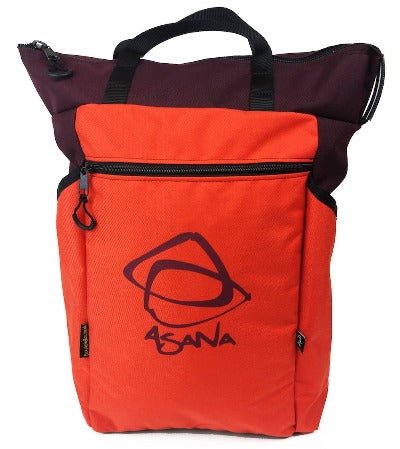 The 24L main compartment is plenty of room for you bouldering gear, plus large side pockets hold a water bottle and other quick-access items. This item is Orange