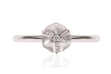 Anillo NANIS (Italy) Amarcord Collection 18K y diamante natural de 0.01 ct