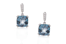 "Aretes ""Color Of The Sky"" 18K, Topacio Azul London y Diamantes Naturales"