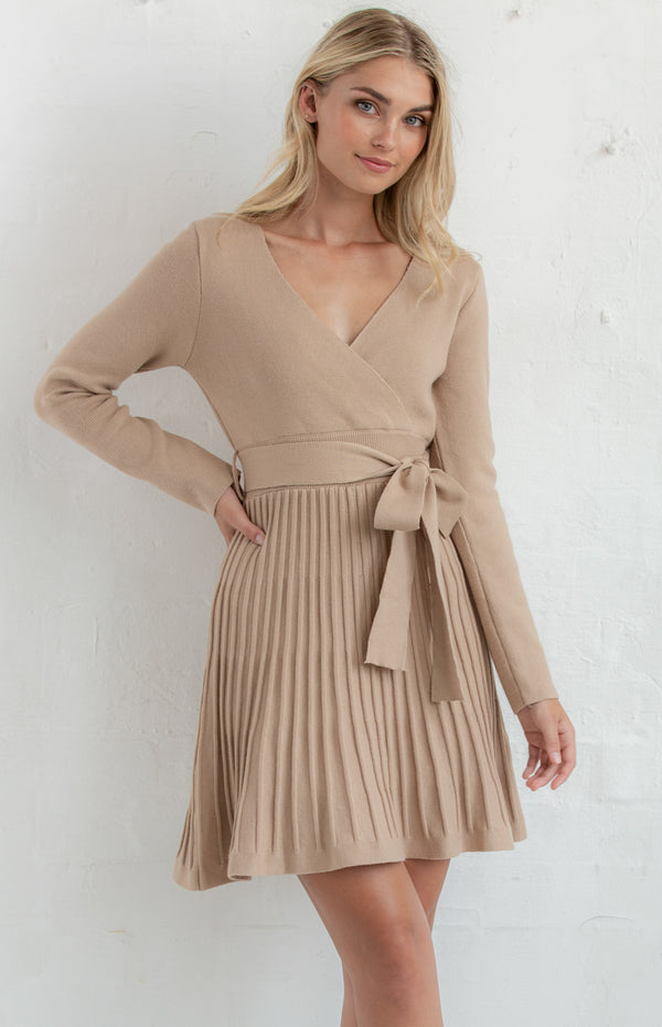Helana knit Dress In Camel