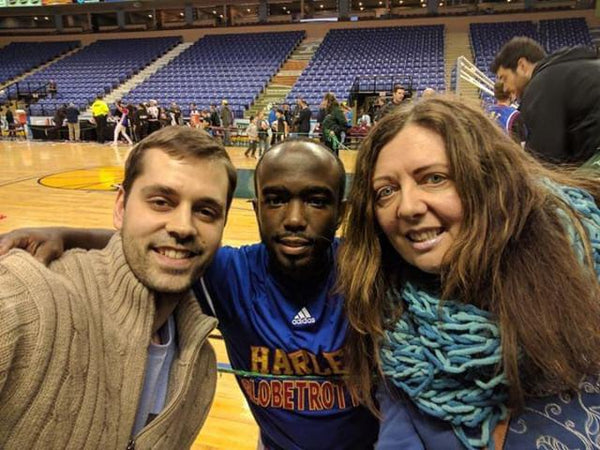Jure with Lily and Hot Shot from the Globetrotters
