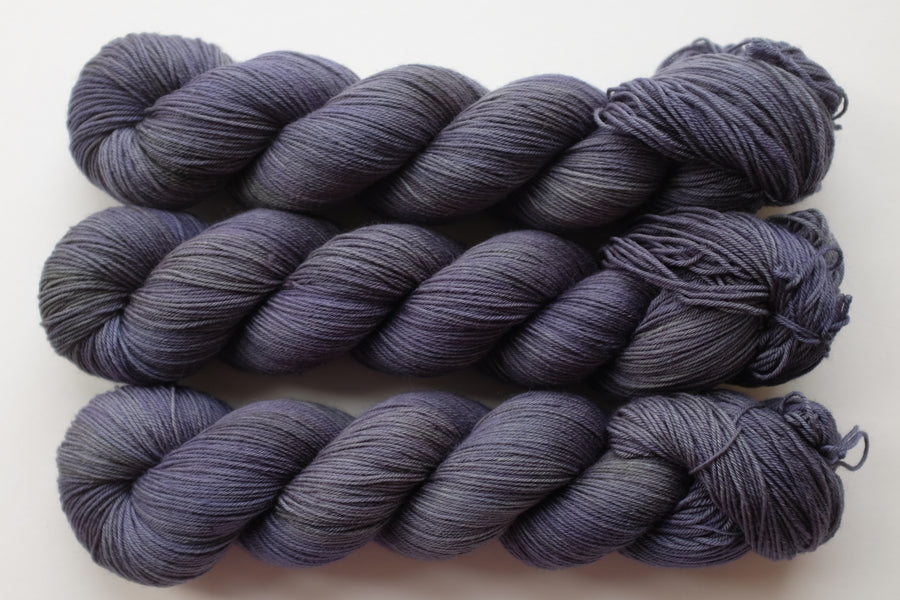 shadows - merino 4ply - 4ply fingering hand dyed yarn - 100g