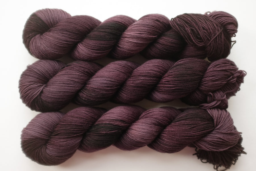 temple - merino 4ply - 4ply fingering hand dyed yarn - 100g