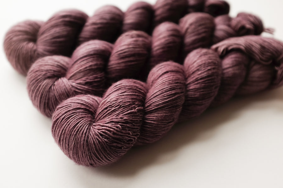 temple - merino singles -  hand dyed yarn 4ply fingering - 100g