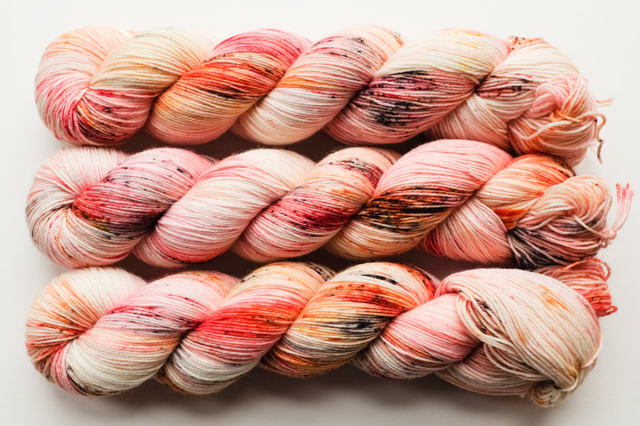 paprika - sock blend - hand dyed yarn 4ply fingering yarn speckled - 100g