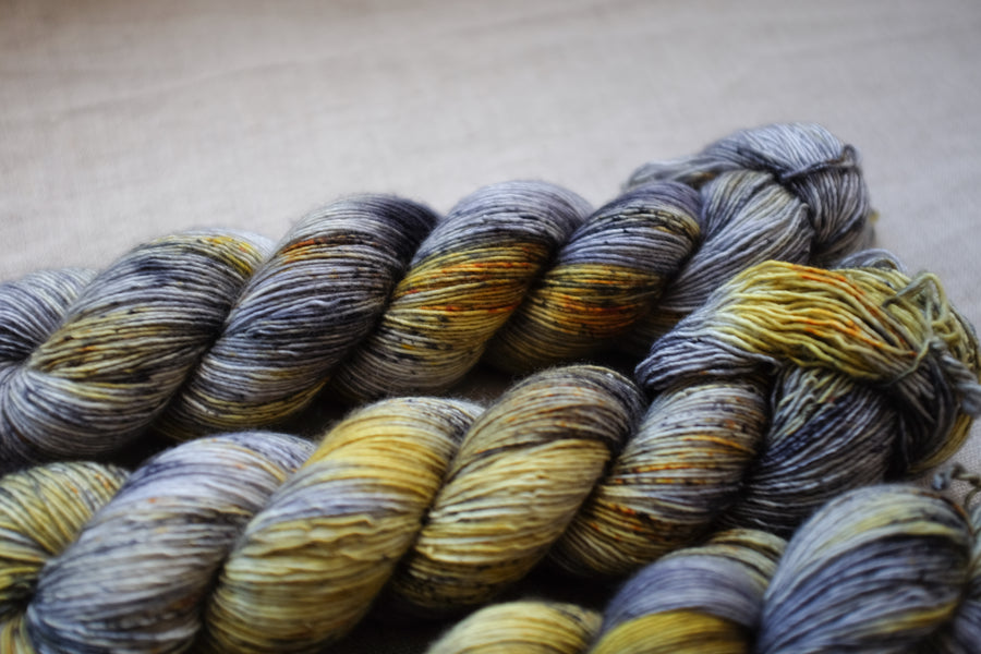 industrial - merino singles -  hand dyed yarn 4ply fingering - 100g