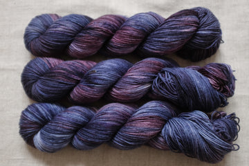 dark rain - sock blend - 4ply fingering hand dyed yarn - 100g