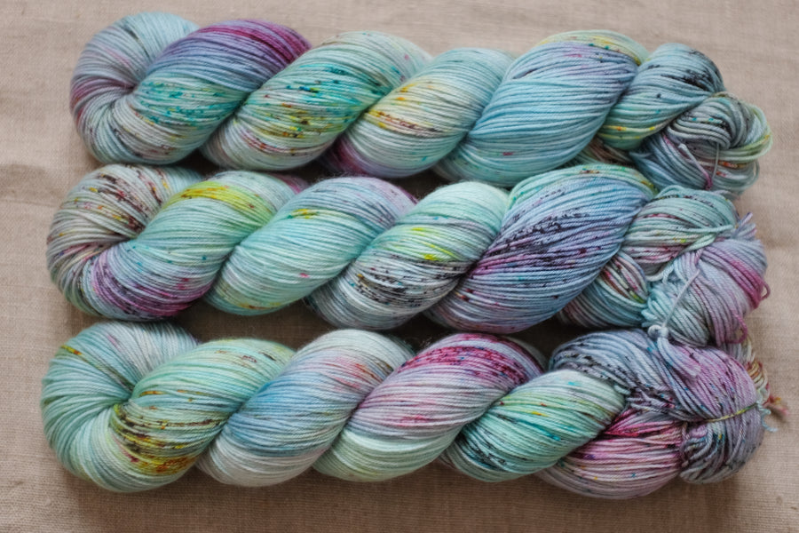 venice - sock blend - 4ply fingering hand dyed yarn - 100g