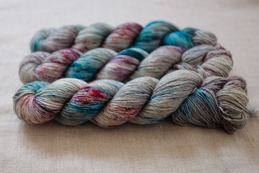 meadow walk - merino singles -  hand dyed yarn 4ply fingering - 100g