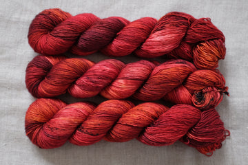 blood moon - merino singles -  hand dyed yarn 4ply fingering - 100g