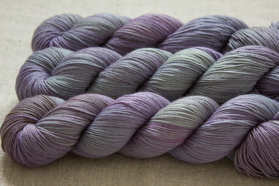 raindrops - sock blend - hand dyed yarn fingering 4ply wool 100g