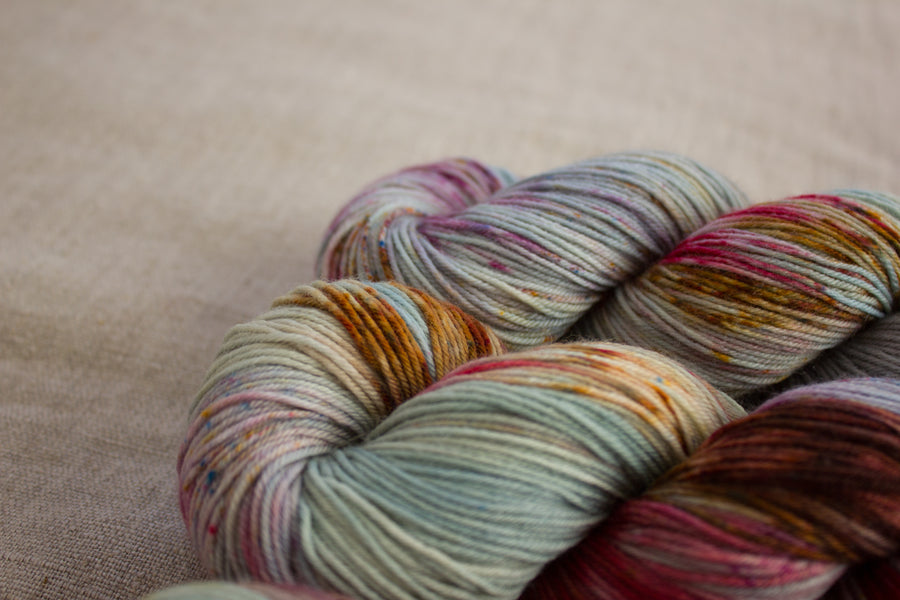 cloudbusting - sock blend - hand dyed merino yarn fingering 4ply - 100g
