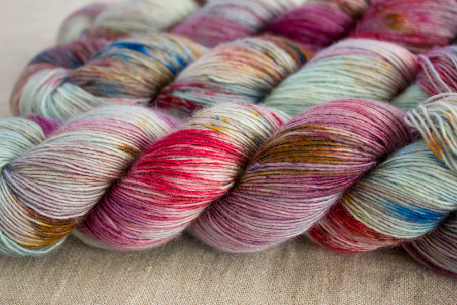 cloudbusting - merino singles - 4ply fingering hand dyed yarn - 100g