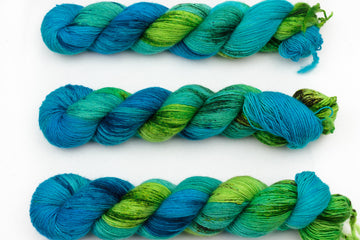mangrove hand dyed yarn fingering yarn merino wool 4ply yarn single ply skinny singles green turquoise 100g