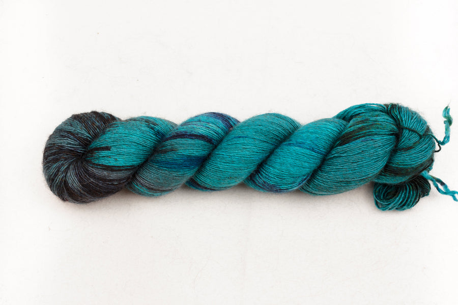 ha long bay fingering yarn hand dyed yarn merino wool yak silk 4ply skinny singles teal turquoise 120g