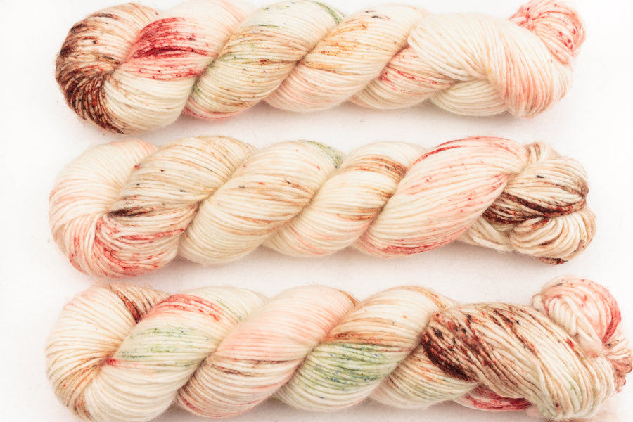 pimm's o'clock DK singles hand dyed yarn merino wool speckled pink peach green 100g