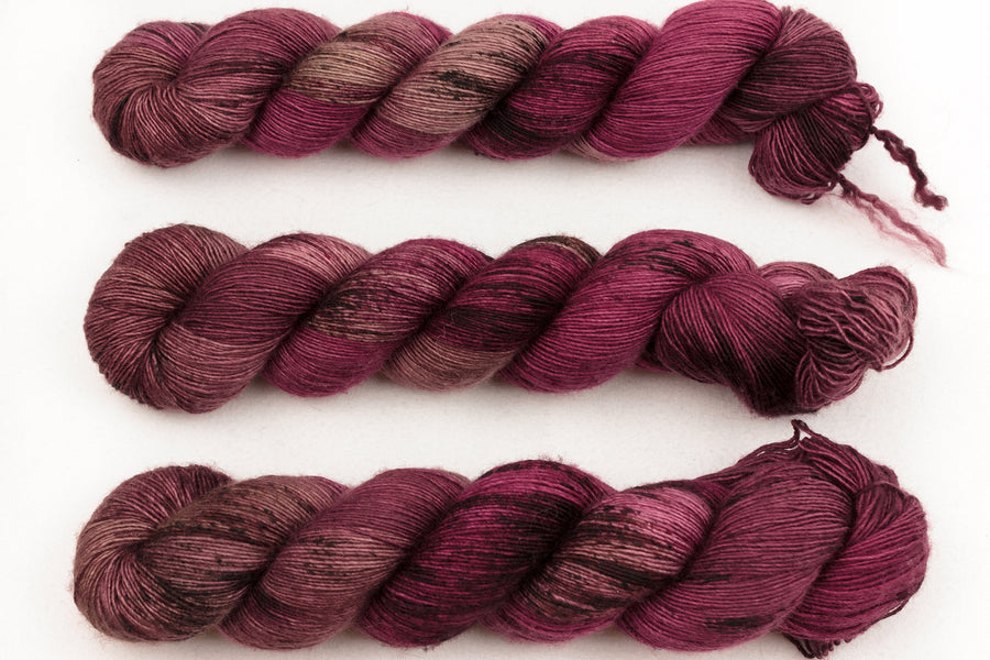 hunter hand dyed yarn fingering yarn merino wool 4ply yarn single ply skinny singles red brown 100g