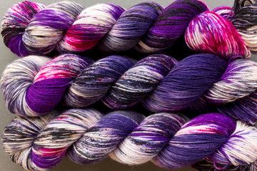 coven - sock blend - 4ply fingering hand dyed yarn - 100g