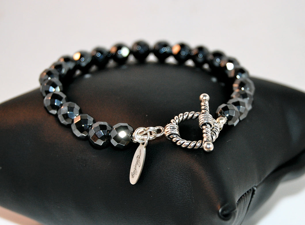 Stushlery Faceted Hematite Toggle Bracelet