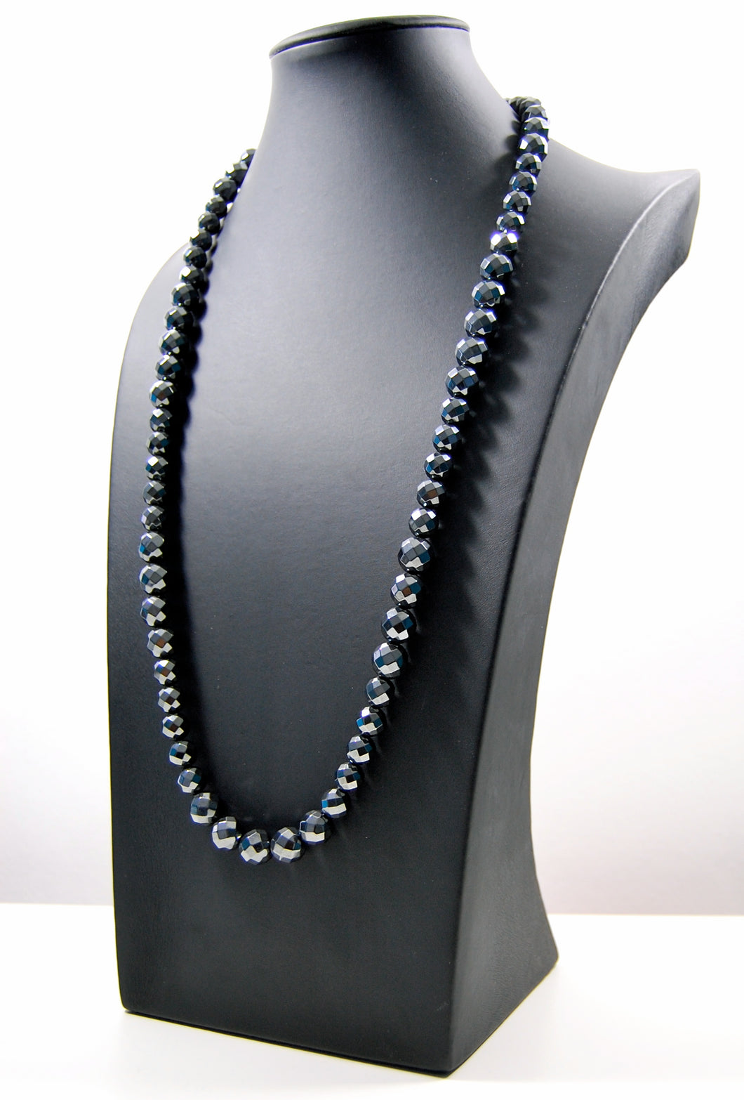 Stushlery Men's Faceted Hematite Necklace