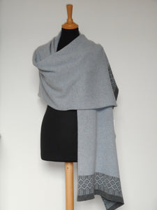 Fair Isle Wrap (Cliff & Seal)