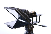 "Load image into Gallery viewer, Telmax Econ One iPad and 10"" tablet Teleprompter"