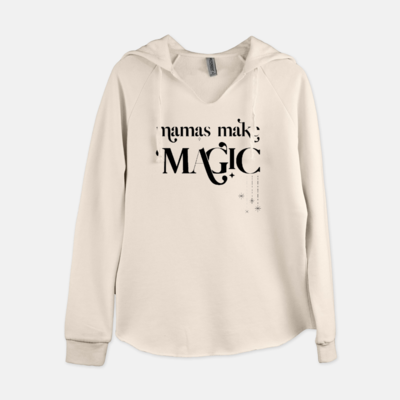 a white sweatshirt that says mamas make magic on it