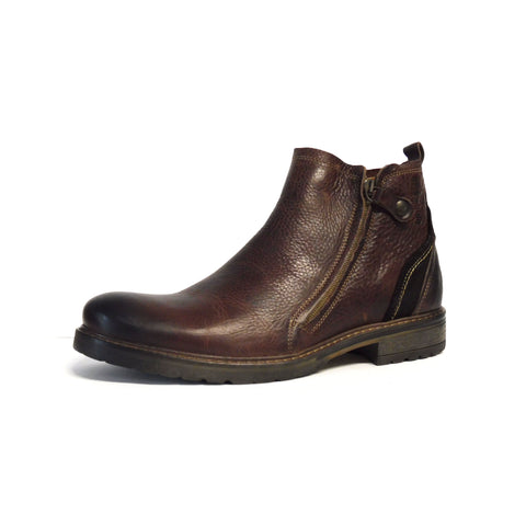 Hunter Dark Brown