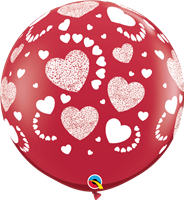 "36""Q Hearts A-Round Print - Havin' A Party Wholesale"