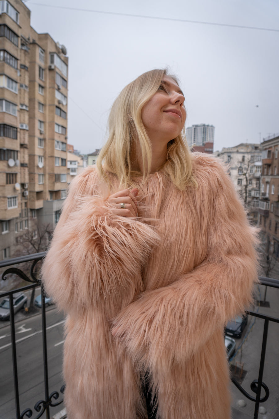 Blush long faux fur coat - LOOKHUNTER