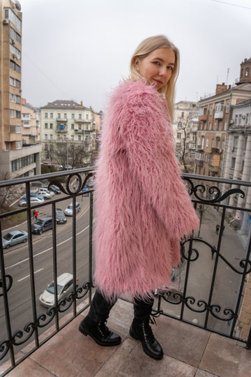 Yogurt pink llama coat - LOOKHUNTER