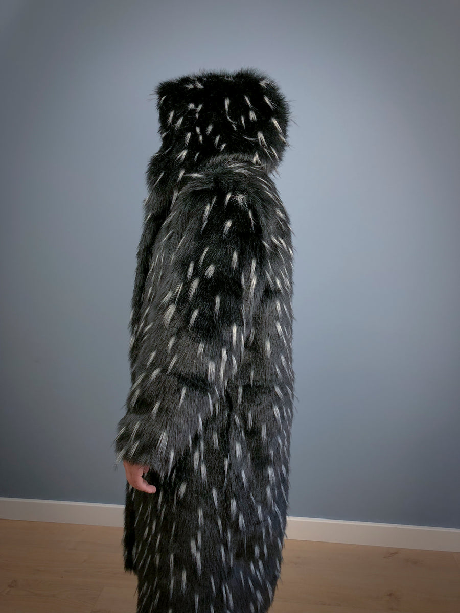 Ermine faux fur coat with removable sleeves - LOOKHUNTER