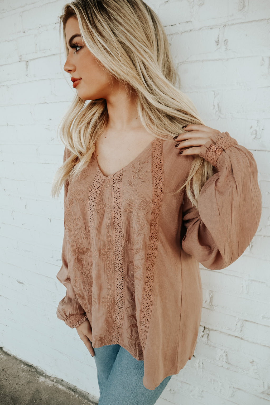 BOUNDLESS BEAUTY TOP