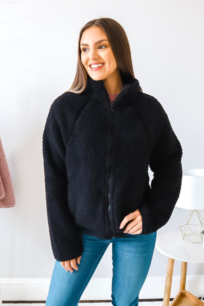 KEEPIN' IT COZY SHERPA BLACK