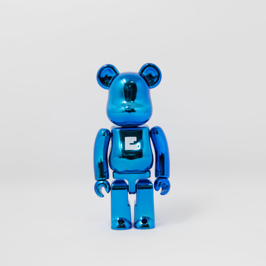 Medicom Toy BEARBRICK Metallic Blue Letter E - Basic Series 23 100% Figure (MINT)