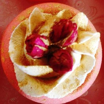 Rose bath truffle
