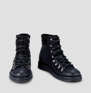 Ivylee Mountain Boot - Black