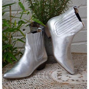 Ivylee Bailey Boot - Silver