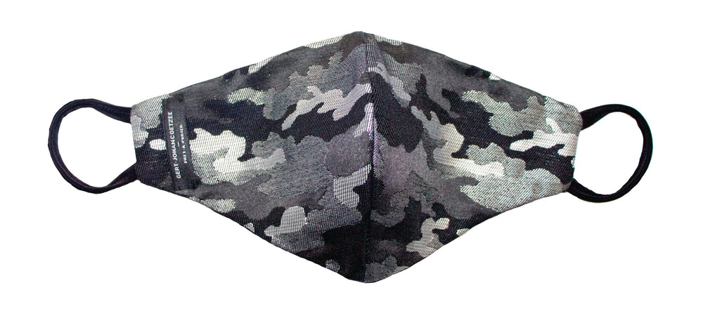 Metallic camo print mask
