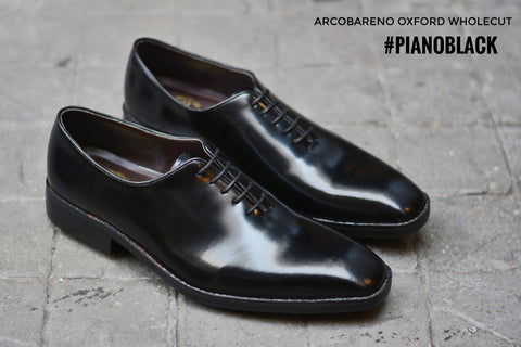 502-2 New Oxford Wholecut Piano Black