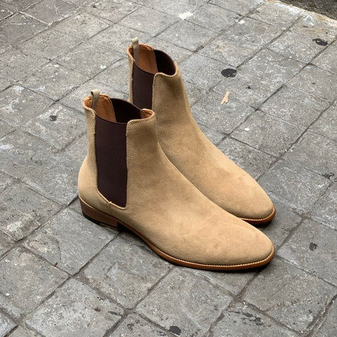 Chelsea Boots Suede Beige x 6.5 inch