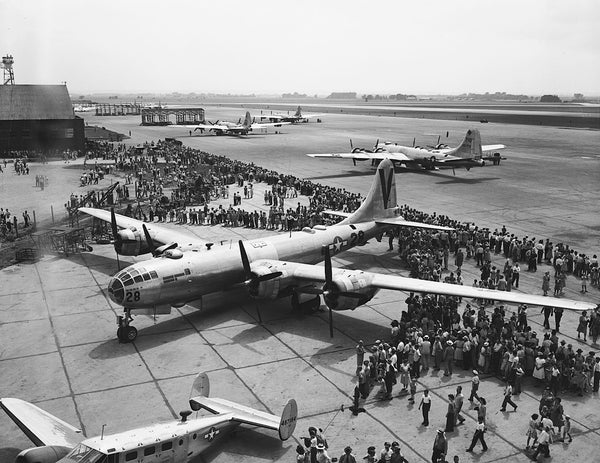 B-29 public display event at Sioux City Army Air Base, circa 1946. -- SIOUX CITY PUBLIC MUSEUM
